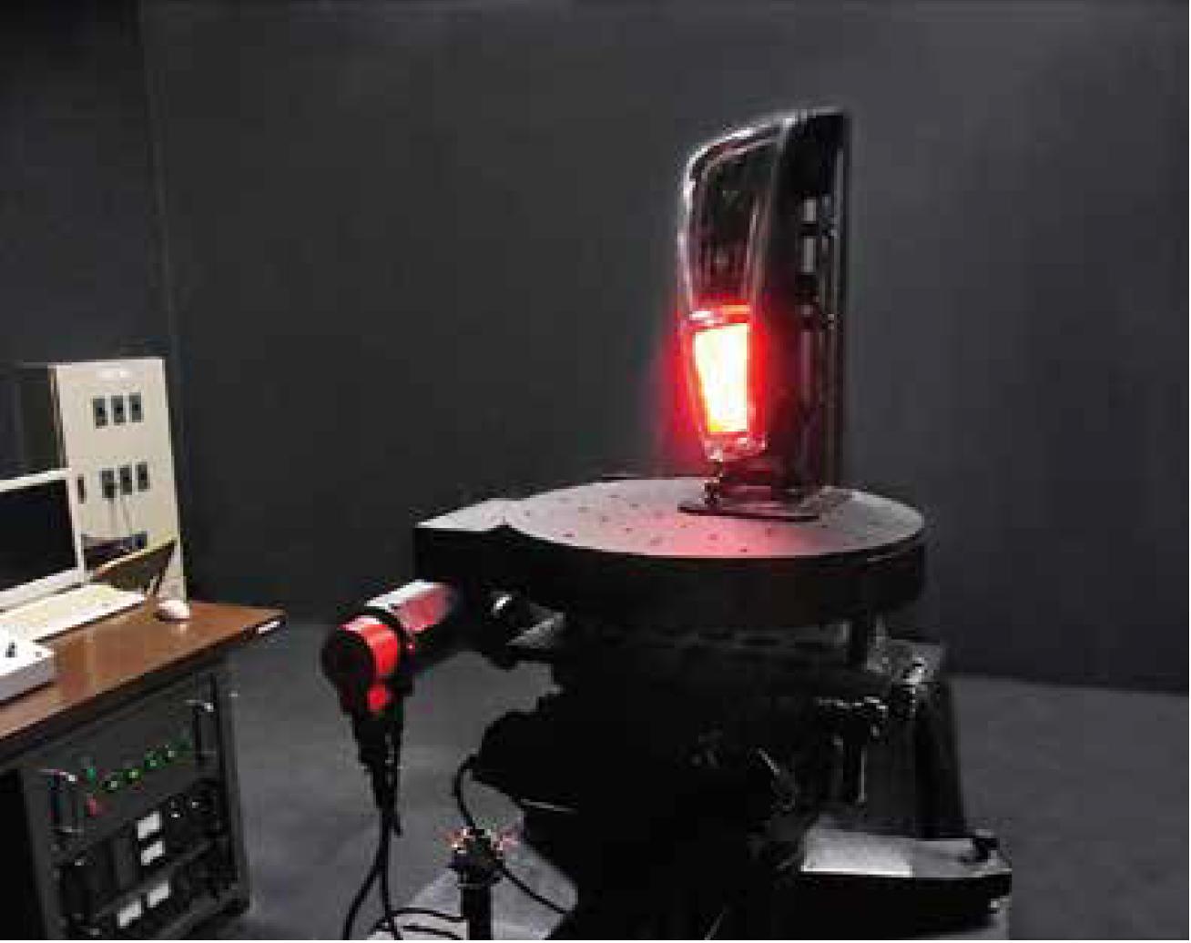 ランプ配光試験